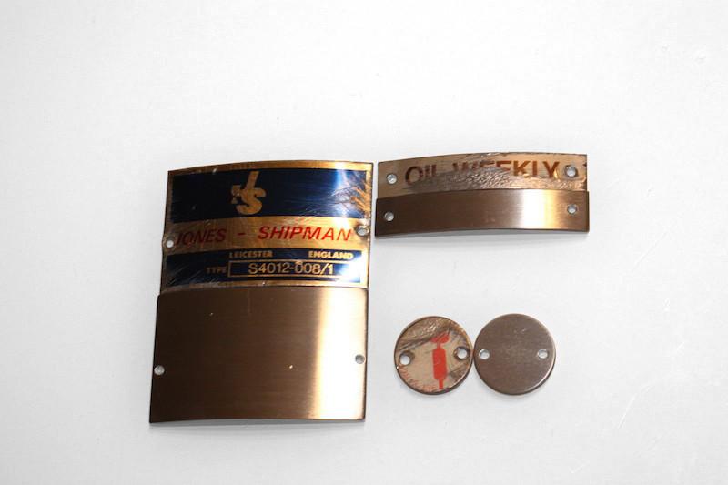 transférer une image sur du métal : préparation des plaques support en aluminium