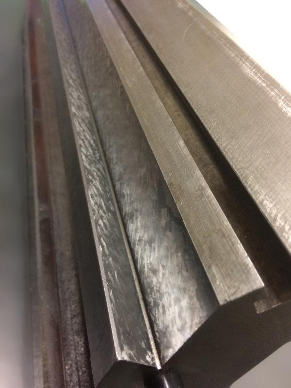 planéité de pente de glissière de table